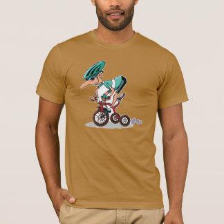 Corredor en la camiseta para hombre del triciclo
