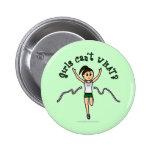 Corredor ligero del chica en uniforme del verde pin redondo 5 cm
