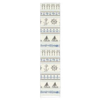 Corredor náutico de la tabla del nudo de la cuerda camino de mesa corto