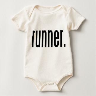 corredor trajes de bebé