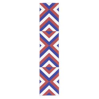 Corredor rojo, blanco, y azul de la tabla de los camino de mesa corto