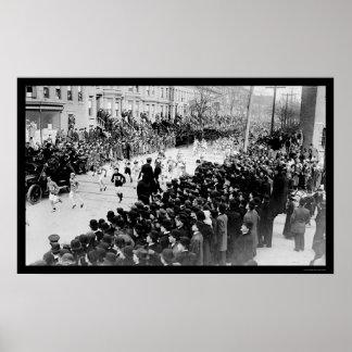 Corredores en el maratón 1909 de Brooklyn Póster