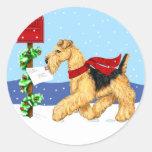 Correo de Dale del navidad de Airedale Pegatina Redonda