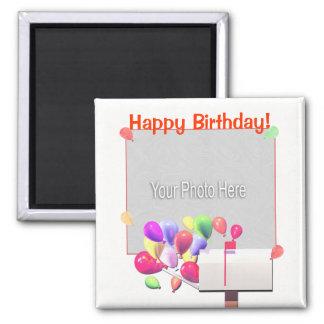 Correo del globo del feliz cumpleaños (marco de la imán cuadrado