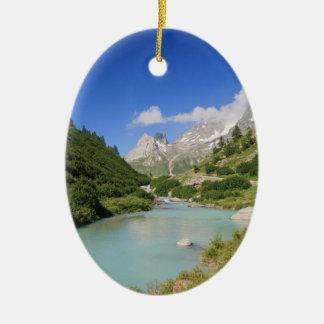 Corriente de Dora, valle de Veny, Italia Adorno Ovalado De Cerámica