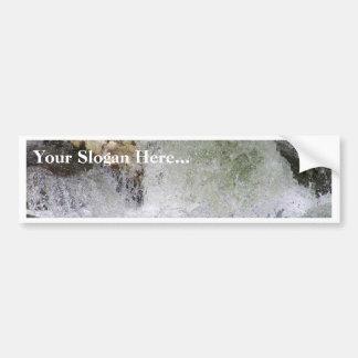 Corriente del agua de la roca pegatina de parachoque