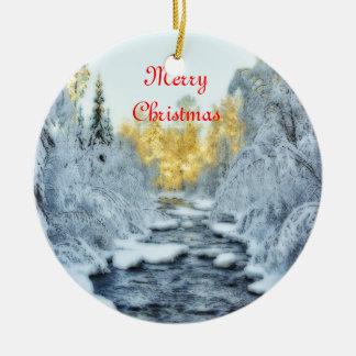 Corriente hivernal adorno navideño redondo de cerámica