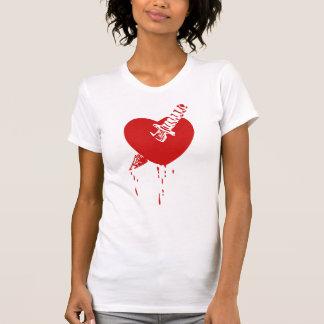 Corrimiento roto corazón apuñalado sangriento rojo camiseta