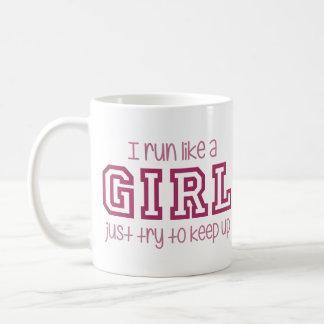 Corro como un intento del chica apenas para taza básica blanca