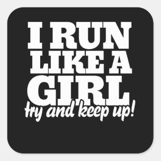 Corro como un intento del chica para continuar pegatina cuadrada