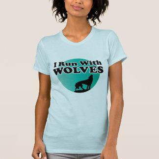 Corro con los lobos remeras