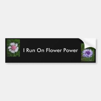 Corro en flower power de Jocelyn Burke Etiqueta De Parachoque