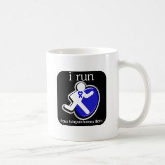corro porque importa el Histiocytosis Taza Básica Blanca