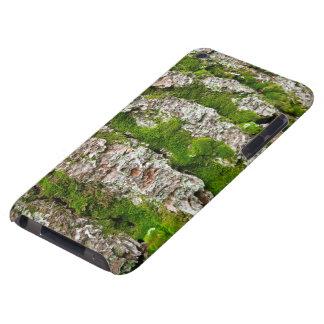 Corteza de árbol de pino con el musgo carcasa para iPod