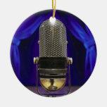 Cortinas retras del micrófono y de la etapa adorno navideño redondo de cerámica