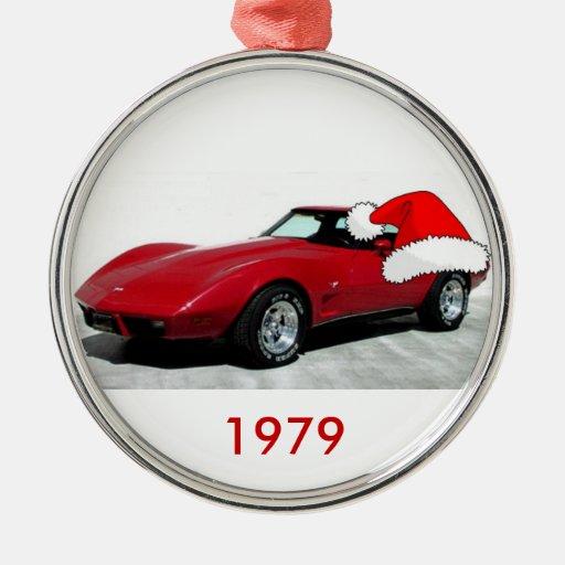 Corvette del rojo de 1979 navidad adorno redondo plateado