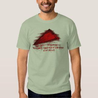 Cosa roja de la pirámide polera