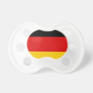 Cosas alemanas de la bandera chupete de bebé