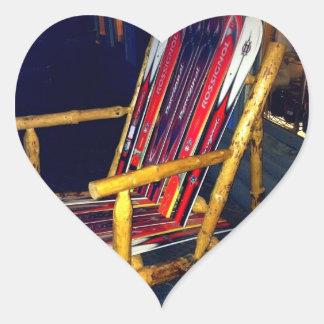 Cosas frescas de la silla del esquí a hacer con pegatina en forma de corazón