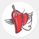 cosido encima de corazón del ángel etiquetas redondas