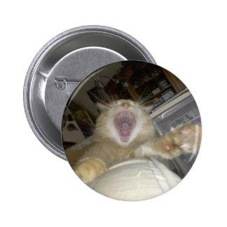 COSMO LION YAWN PIN