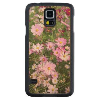 Cosmos Flower (Bidens Formosa). Kirkwood Carved® Maple Galaxy S5 Slim Case