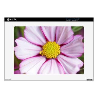 """Cosmos Flower (bidens formosa) 15"""" Laptop Skin"""