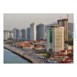 Costa con el horizonte de la ciudad de Yantai, Sha Felicitacion