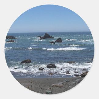 Costa costa rocosa de California Etiquetas Redondas