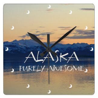 Costa de Alaska - puramente impresionante Relojes De Pared