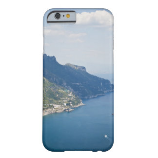 Costa de Italia, Amalfi, opinión de alto ángulo Funda Para iPhone 6 Barely There