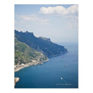 Costa de Italia Amalfi opinión de alto ángulo so Tarjetas Postales
