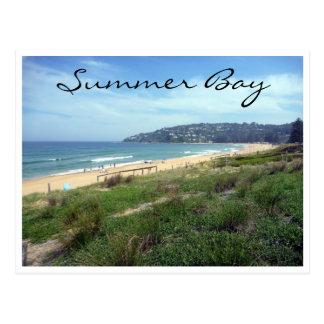 costa de la bahía del verano tarjeta postal