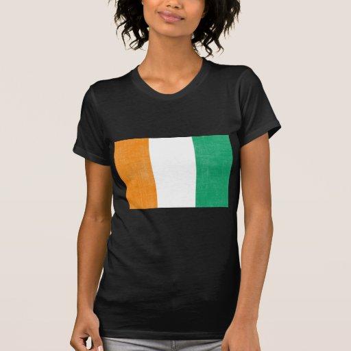 Costa de Marfil apenada de la bandera Camisetas