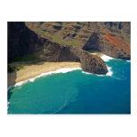 Costa de Napali de la cueva del mar principal de Tarjeta Postal