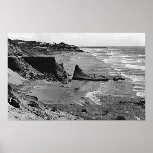 Costa de Newport, Oregon de la opinión de la playa Posters