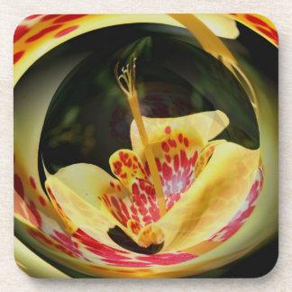Costa floral manchada del corcho del arte del extr posavasos de bebidas