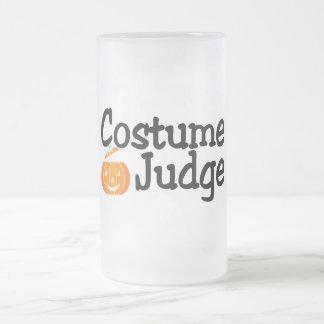 Costume Judge Pumpkin 16 Oz Frosted Glass Beer Mug