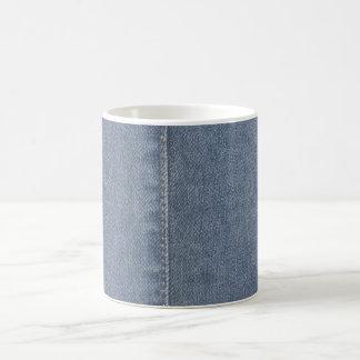 Costura azul clara del dril de algodón taza básica blanca