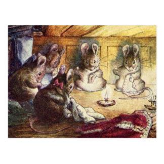 Costura linda de los ratones postales