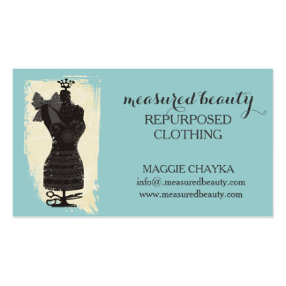 costura simulada del maniquí de la moda del vestid