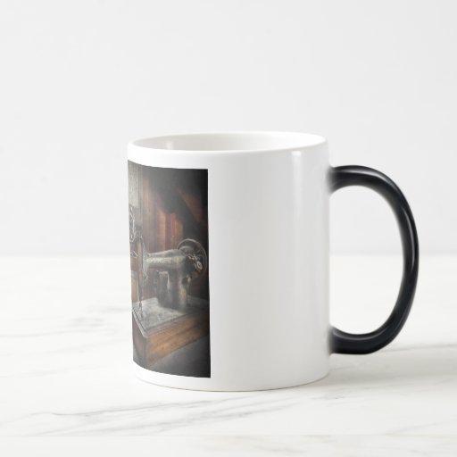 Costura - un estribillo de tres tazas de café