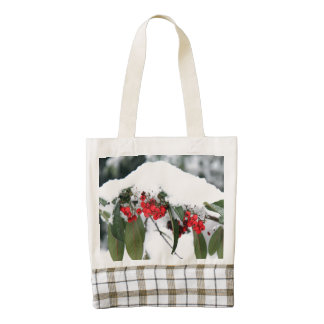 Cotoneaster Fruits with a Snow Hat Zazzle HEART Tote Bag