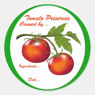 Cotos del tomate que conservan la etiqueta