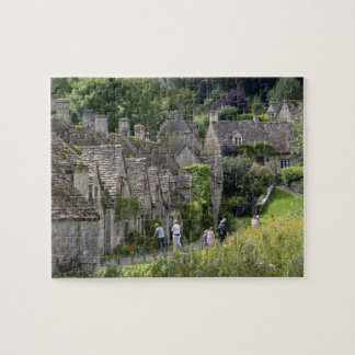 Cotswold stone cottages in the village of jigsaw puzzle