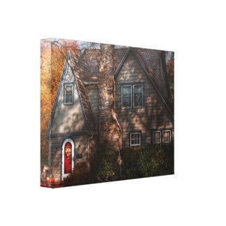 Cottage - Cranford, NJ - Autumn Cottage Canvas Print