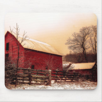 Country Barn Mouse Pad