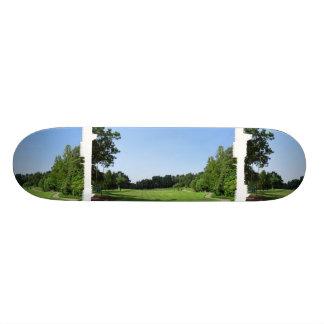 Country Club Skateboard