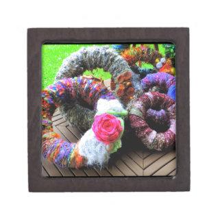 Country Cottage Hand Spun Wreaths Design Premium Trinket Boxes