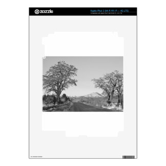 Country Drive Longs Peak View BW Skins For iPad 3